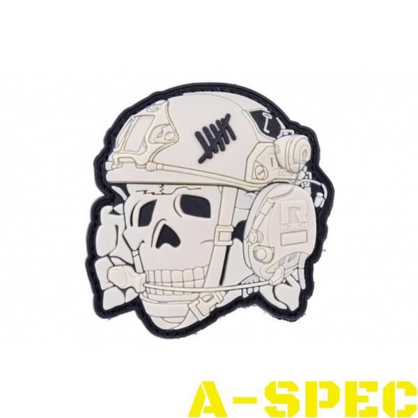 Нашивка SKULL OPERATOR White. 3D R3ICH